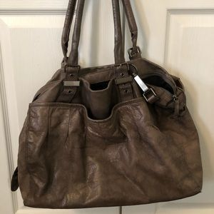 Large Reid's bag in soft bronze pearly brown